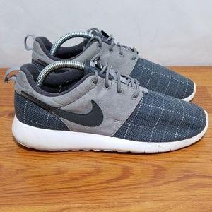 Nike Roshe Trainer Shoes